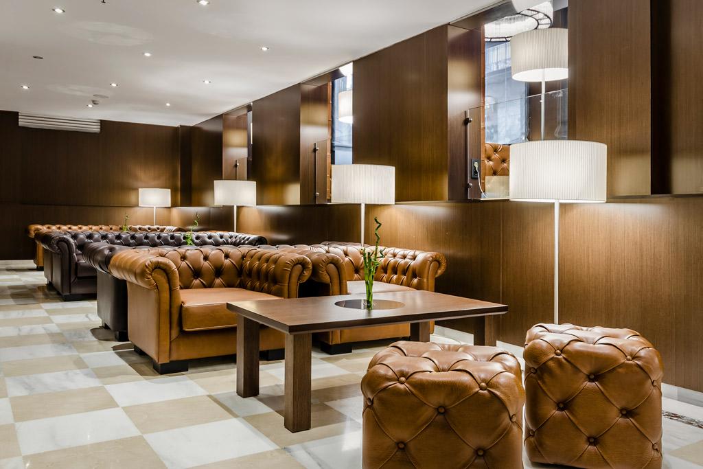 Gran-Hotel-Barcino-Poliol-Sofas