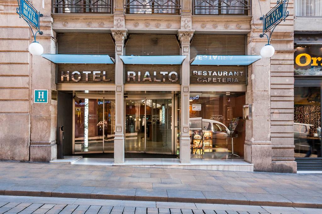 Hotel-Rialto-Poliol-Entrada