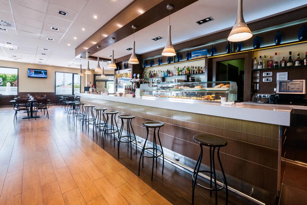 Hotel-ciudad-de-Alcañiz-Poliol-Bar