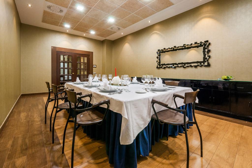 Hotel-ciudad-de-Alcañiz-Poliol-Salones-pequenos