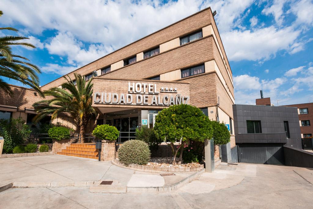 Hotel-ciudad-de-Alcañiz-Poliol-fachada